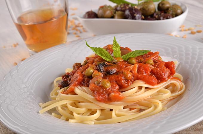 Fettucine al Pomodoro