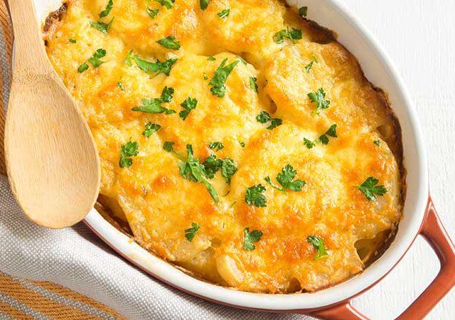 Delicious creamy cheesy potatoes au gratin.
